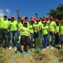 Emtel à travers la Currimjee Foundation replante des arbres endémiques sur les flancs de La Citadelle
